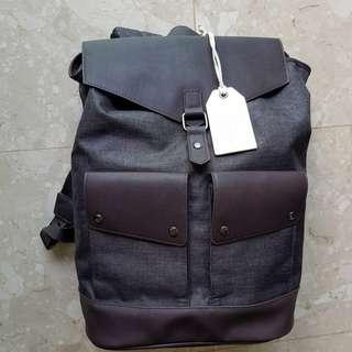 The Glenlivet Sling Bag 12x7x17 Inches