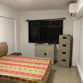 Jurong West common room for rent