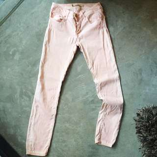 Zara women premium denim wear collection pastel pink skinny jeans. Topshop Zara ASOS