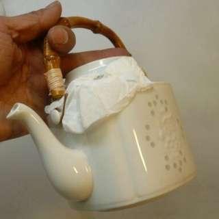 白瓷螢燒(日本玲瓏瓷) 方體圓角茶壺