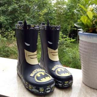 [NEW] [PO] PROMOTION FOR MONTH OF MARCH !! BATMAN HIGH RAINING BOOST FOR KIDS !!!