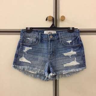 [BN] Hollister High Rise Ripped Denim Shorts