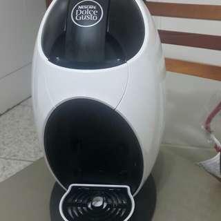 Nestle 雀巢 膠囊咖啡機NDG250雲朵白