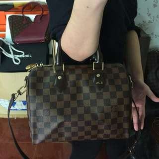 PREORDER LOUIS VUITTON BANDOULIERE 25CM COMPLETE WITH INITIALS