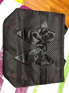 Naraya satin black shoulder bag