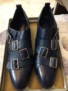Women shoe- Charles and Keith