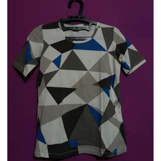 Triangle Pattern Top