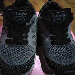 Pitter-pat Shoes size 25