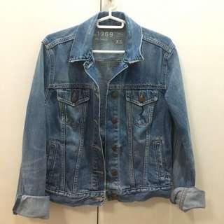 ✨ GAP: denim jacket ✨