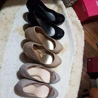 Bundle of closed office heels