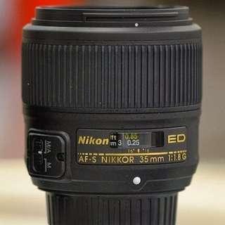 *Like New* Nikon 35mm f/1.8G ED FX lens