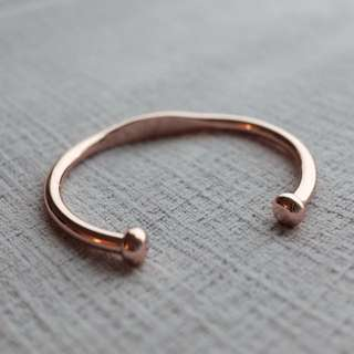 玫瑰金色手鐲 Rose gold handcuff bracelet