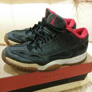 vintage NIKE air Jordan XI Low 11