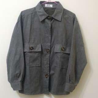 灰色襯衫#一百元好物