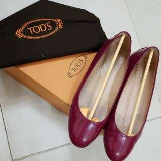 TODS 平底鞋