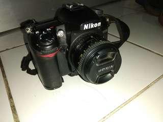 Jual Nikon D7000 dan lens fix 50mm f 1,8