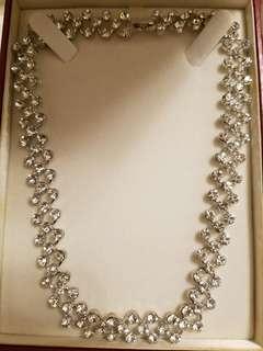 *#Women's necklace
