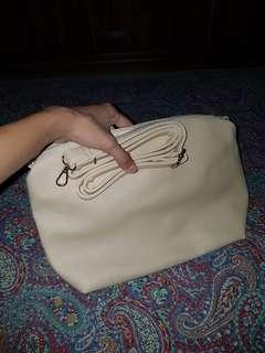GOSH Sling Bag - Slingbag - Tas Selempang - Cream Krem