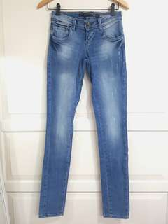 Zara Denim Rules by Trf Jeans in Blue Wash