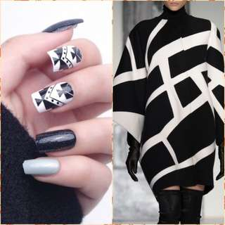 2018 New 24pcs Smooth Gradient Geometric Glitter False Nails Long Square Detachable Full Cover Fake Nail Tips with Glue Sticker