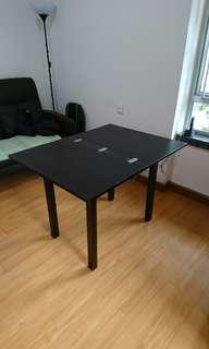 放大式桌面餐桌