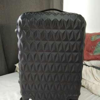 Diamond design luggage