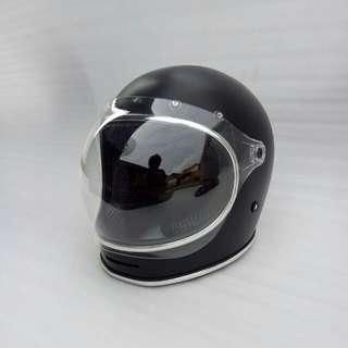 Helm CAKIL 94%
