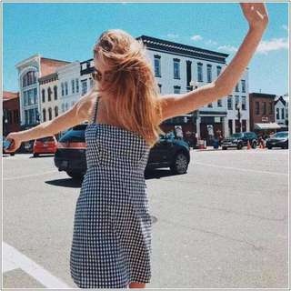 Brandy Melville Karla dress