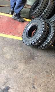 Tyres forklift