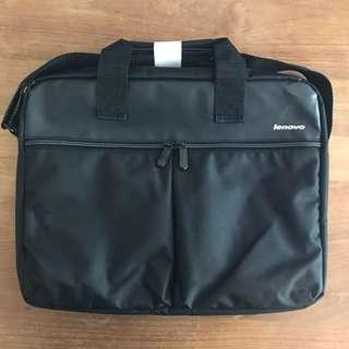 全新 Lenovo 電腦袋