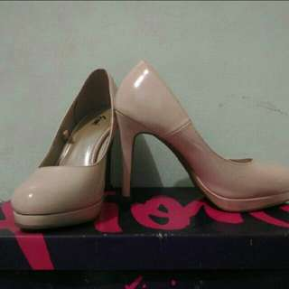 Heels fiomi by payless