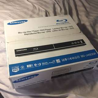 Samsung BD-J4500R Blue ray player