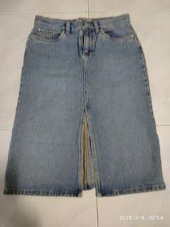 """Old navyblue jeans skirt size 30"""" look new m"""