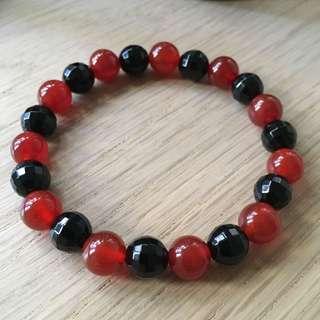 Carnelian and black agate Beads Bracelet