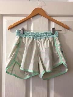 Lululemon Tracker Shorts- CAN 6