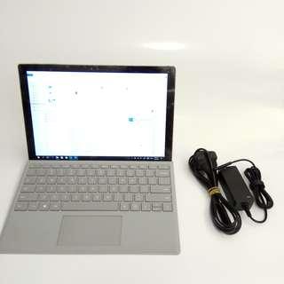 Microsoft Surface Pro 4 i5/256gb/8gb 跟原廠type cover 有保養到18年9月