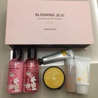 Innisfree Blooming Jeju VIP kit