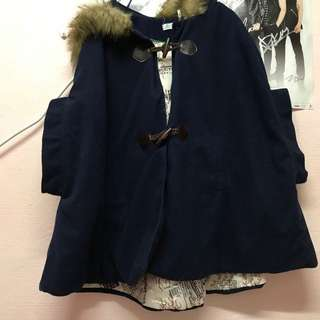 Thick jacket with fur inside