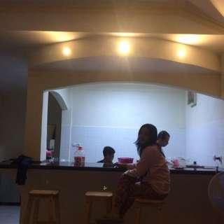 Rent Villa Cisarua puncak deket hotel Seruni untuk liburan Anda