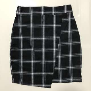 #Clearance Monochrome Plaid/Tartan Asymmetrical Skirt