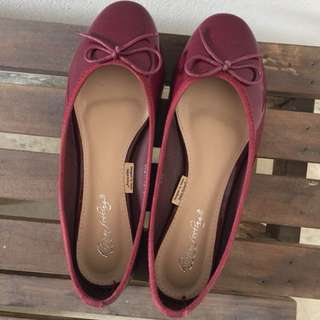 Wine red ballet flats