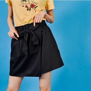 日本E hyphen world 黑色綁帶裙子