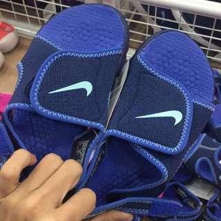 Nike sandal kids