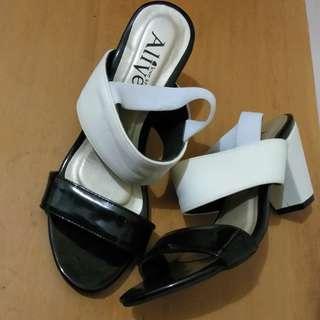 Sepatu Alive