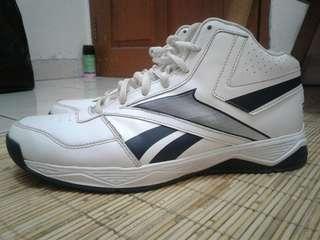 Reebok DMXRIDE basketball shoes