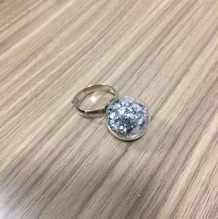 水晶球介指