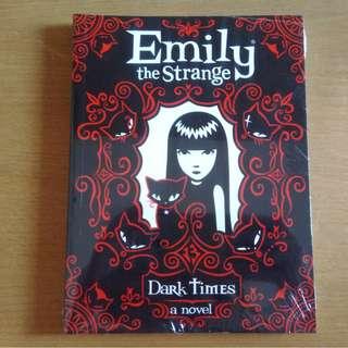 Emily The Strange Book 3 - Dark Times