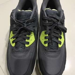 Nike Air Max 90 Essential (best offer)