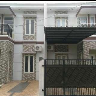 Rumah 2 Lantai di Jatiwaringin Bekasi Free BPHTB + AJB