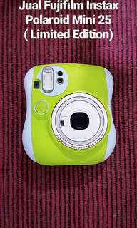 Fujifilm Instax Polaroid Mini 25 (LIMITED EDITION!!)